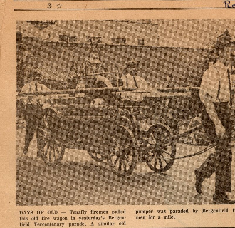Newspaper Clipping The Record September 28 1964 40 Units Parade in Bergenfield 3.jpg