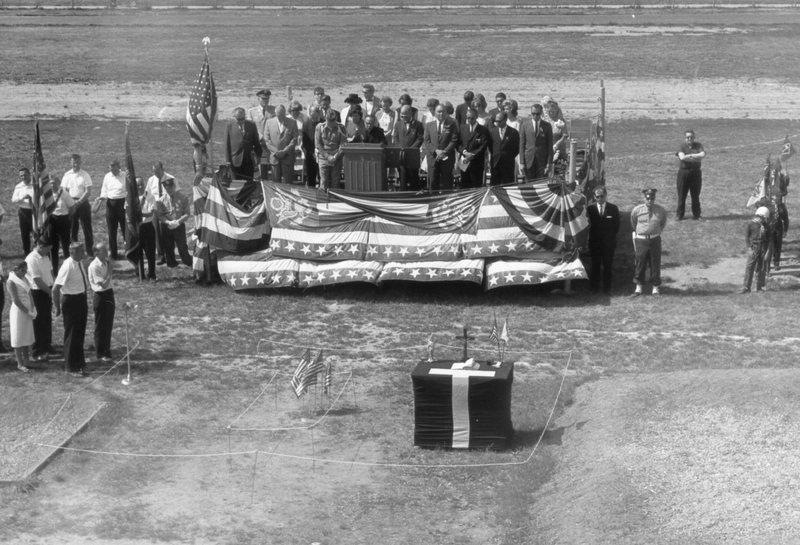 Tercentenary Photograph 13.jpg